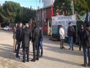 Natale amaro per gli ex lavoratori molisani, innumerevoli le proteste e le segnalazioni