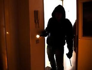 Polizia di Stato Isernia:  intensificati i controlli nelle contrade cittadine Per i continui furti nelle abitazioni private