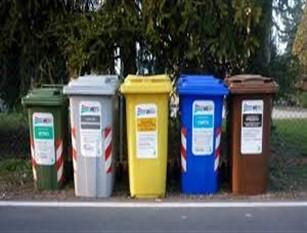 L'assessore Cretella parla in Consiglio comunale della raccolta differenziata in città