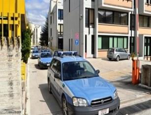 Ruba il bancomat ad un paziente e preleva 600€, infermiere denunciato dalla Polizia Postale