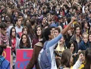 Manifestazione studentesca domani 15 marzo a Isernia Corteo degli studenti contro le cause dei cambiamenti climatici: sciopero globale della scuola e manifestazioni per salvare il pianeta.