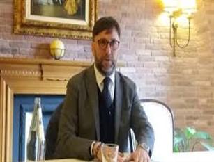 Vittorino Facciolla eletto nuovo segretario regionale del PD Eletto con una percentuale del 53% dei voti (6.828 voti)
