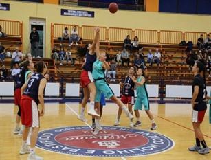 Basket Magnolia: partono i playoff: per i quarti le rossoblù ad Umbertide Le campobassane vogliono riscattare le due sconfitte patite in campionato contro il quintetto umbro