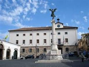Ferentino: riorganizzazione degli uffici e dei servizi comunali. Presentata mozione