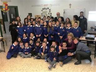 """Campagna di sensibilizzazione nelle scuole """"ICARO"""" promosso dalla Polizia Stradale"""