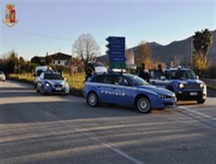 """La Polizia di Stato effettua attività di controlli sul territorio prevenendo la criminalità Attività preventiva denominata """"Estate sicura"""""""
