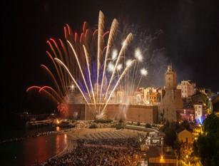 Termoli, in 60 mila per 'Incendio del Castello' Fuochi d'artificio per ricordare attacco turchi a fortezza sveva