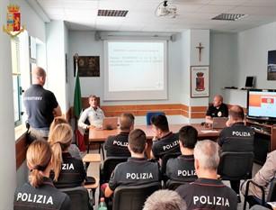 La Polizia di Stato di Isernia a lezione  con gli esperti del Corpo Nazionale Soccorso Alpino e Speleologico (video)