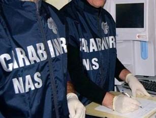 Isernia e Pozzilli (IS): I Carabinieri del NAS in azione.Tre persone denunciate all'Autorità Giudiziaria. Chiuso un deposito di generi alimentari.