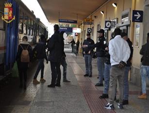 Servizi antiterrorismo, controlli a tappeto alla stazione, allontanati a Isernia tre stranieri irregolari Tale provvedimento è stato emesso dal Questore di Isernia