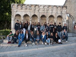 """""""Educare al Patrimonio Culturale"""" a Isernia ventisei alunni in visita in centro storico per scoprire le bellezze artistiche della cittadina"""
