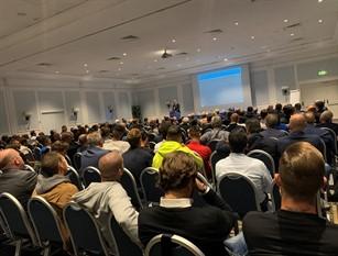 Calcio serie D, a Roma l'incontro con capitani, allenatori e arbitri Al centro del confronto le recenti innovazioni regolamentari e le valutazioni sul campo