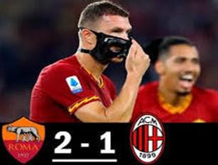 La Roma vince ma il Milan ci mette del suo (2 – 1) Due svarioni difensivi dei rossoneri consentono a una bella Roma di batterli e salire in classifica