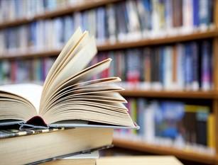 Comune Frosinone, rimborsi alle famiglie per i libri di testo.