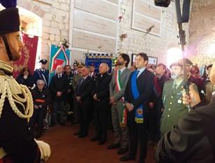 Al Sacrario Militare del Castello Monforte si è svolta la Commemorazione dei Caduti di tutte le guerre e nelle Operazioni di Pace