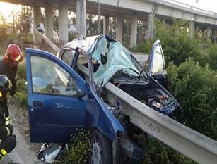 Provvedimenti per dimezzare  i decessi negli incidenti stradali. Nelle auto, dal 2022 obbligatori i nuovi salva-vita A stabilirlo il regolamento adottato dal Consiglio economia e finanza dell'Unione Europea per raggiungere l'obiettivo  entro il 2030