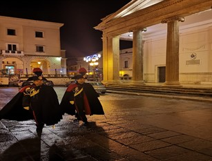 L'Arma dei Carabinieri fornisce preziosi consigli ai cittadini contro le truffe.