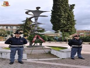Scoperta targa toponomastica a Isernia in ricordo del Questore di Fiume in via Palatucci