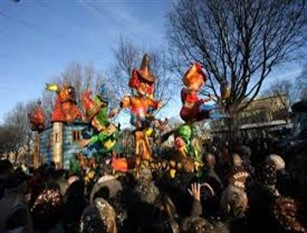 Carnevale termolese, l'evento si terrà in due weekend 15/16 febbraio e 22/23 febbraio L' Amministrazione comunale ha stanziato 12500 euro per la doppia sfilata in maschera