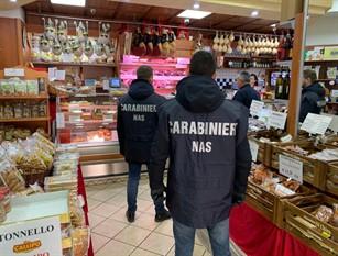 Covid19 –  I Carabinieri del NAS controllano il rispetto delle regole stabilite con il DCPM del 9 marzo 2020.