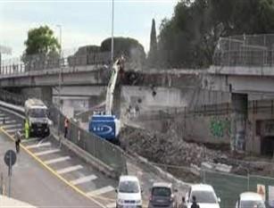 """Al via ultima fase demolizione Tangenziale Est. Sarà completata entro una settimana Raggi: """"Cittadini lo aspettavano da decenni"""""""