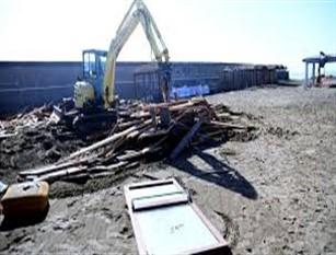 """Campidoglio, al via lavori demolizione ex stabilimento """"L'Arca"""" a Ostia. Diventerà spiaggia libera"""