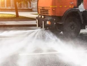 Sanificazione stradale straordinaria a Frosinone per l'emergenza sanitaria.