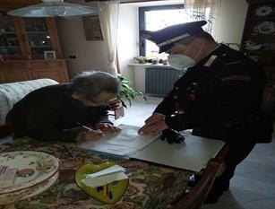 Carovilli: Anziana sola e senza contanti per la spesa quotidiana. I Carabinieri le consegnano la pensione.