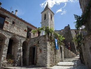 Soggiorni gratuiti in un paesino Molise A San Giovanni in Galdo in provincia di Campobasso 7 giorni in case borgo antico