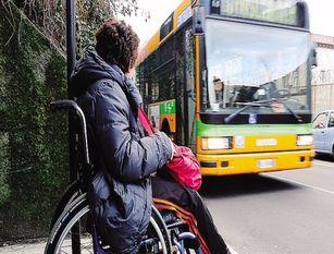 """Calenda: """"Invalidi civili, prorogata tessere per circolazione gratuita su trasporto pubblico urbano"""""""