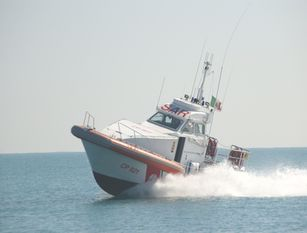 Mare Sicuro, in Molise 22 salvataggi, 55 mila euro di multe Capitaneria di Porto Termoli, bilancio di due mesi di attività