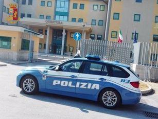 Isernia: utilizzava ripetutamente la corsia del Telepass  per non pagare il pedaggio, denunciato dalla Polizia Stradale.