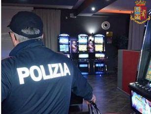 Polizia di Stato, Guardia di Finanza e Agenzia delle Dogane unite per svolgere attività di controllo nelle sale gioco