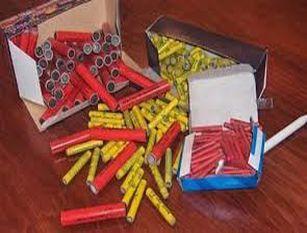 Campidoglio, a Capodanno vietati botti e fuochi d'artificio Ordinanza della sindaca Raggi per tutelare incolumità cittadini. Sarà in vigore dalla mezzanotte di oggi fino al 6 gennaio 2021