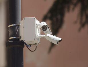 """Frosinone, videosorveglianza con 700 telecamere Il consiglio comunale ha approvato formalmente l'accettazione del finanziamento di 40.000 euro per il progetto """"Città in video""""."""