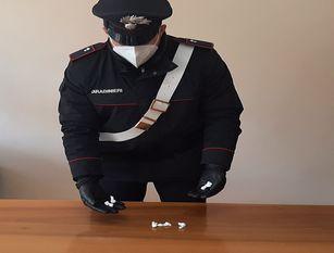 Controlli dei Carabinieri sulla Bifernina. Due fidanzatini finiscono nei guai