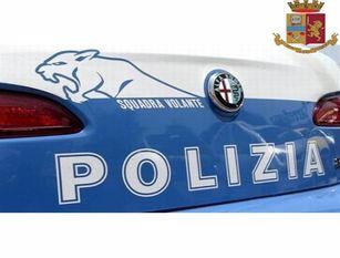 La Polizia di Stato di Campobasso soccorre un cittadino  e reperisce una bombola d'ossigeno