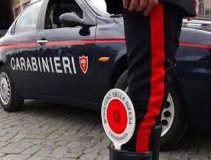 Fermati dai Carabinieri mentre gareggiano in velocita' alla guida di autoveicoli  sulla ss.85 e sanzionati