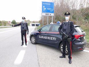 Arrestato dai Carabinieri un 51enne per concorso in lesioni personali aggravate e rapina aggravata dall'uso delle armi.