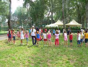 Campidoglio, attivo centro estivo per bambini fragili L'iniziativa gratuita è promossa presso Fonte D'Ismaele con il sostegno dell'Elemosineria Apostolica all'interno del protocollo tra Roma Capitale e Medicina Solidale
