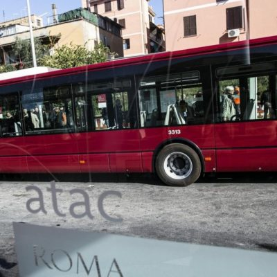 """Raggi, con """"+BusXRoma"""" miglioriamo i collegamenti in periferia Nuovi mezzi per Grottarossa, Prima Porta, Fidene e Saxa Rubra"""