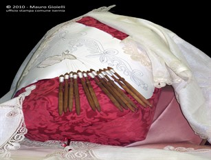 Isernia,  istituito l'albo d'onore delle merlettaie