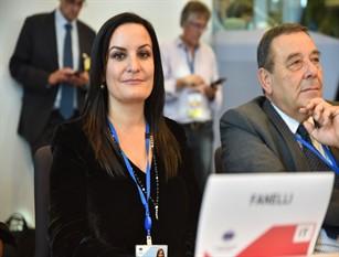 """Il Consiglio regionale all'unanimità delibera lo studio sulla riforma delle regioni. La prima proponente Micaela Fanelli: """"il Molise protagonista nell'avvio del processo di riforma istituzionale, per garantire più diritti e più opportunità per tutti i territori."""