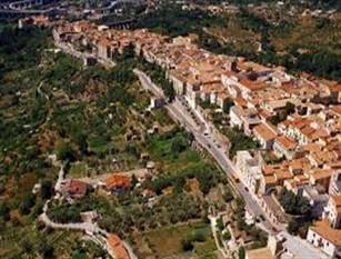 Censimento della popolazione e delle abitazioni a Isernia indagini annuali e a campione sull' andamento demografico della popolazione residente nel comune di Isernia
