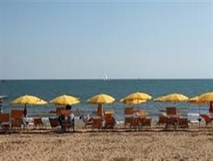 Sopralluoghi sulle spiagge termolesi per verificare la presenza dei Nidi Del Fratino