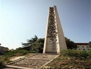 Per la Festa della Liberazione deposizione di una corona presso il Monumento dei Caduti così come previsto da Circolare Ministeriale