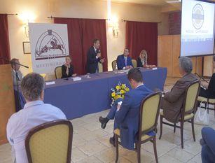 """Presentazione Comitato Regionale Flat Tax Molise, nel corso dell'incontro """"Soluzione Flat Tax 15%""""."""