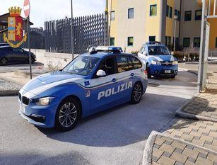 """Polizia di Stato,Isernia: automobilisti attenzione alle cinture di sicurezza Parte la campagna europea SEATBELT  """" Cinture di sicurezza"""""""