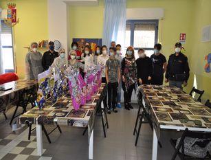 La Polizia di Stato consegna uova di Pasqua a minori in due istituti di accoglienza