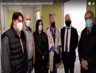 """Toma consegna a Isernia il modulo di terapie intensive e afferma:  """"il Molise primo  in Italia per dosi e vaccini somministrati  (video)"""